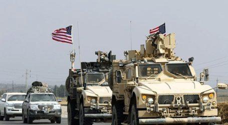 Κούρδοι πετούν πατάτες στα αμερικανικά στρατεύματα που αποχωρούν από τη βορειοανατολική Συρία