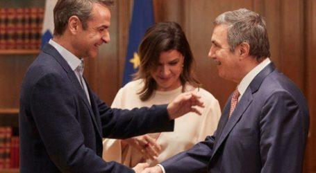 Συνάντηση Μητσοτάκη με τον Πρόεδρο του Ιδρύματος Ωνάση
