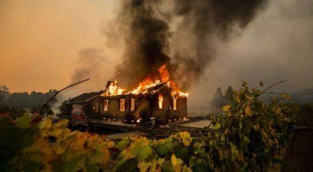 Πυρκαγιές σαρώνουν τη νότια Καλιφόρνια