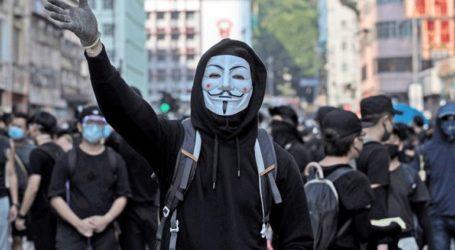 Χρήση χημικών εναντίον διαδηλωτών εν μέσω εορτασμών του Χάλογουιν