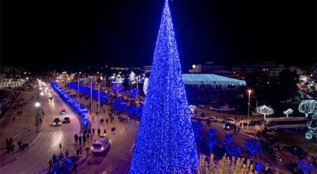 Νέα λαμπάκια για τα Χριστούγεννα προμηθεύεται ο Δήμος Βόλου – «Όχι» από τις μειοψηφίες