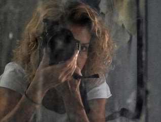 «Στο λεπτό» με τη Δανάη Παπανδρεοπούλου