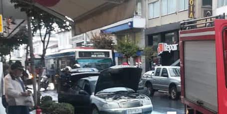 Βόλος: Φωτιά σε αυτοκίνητο στην οδό Ιάσονος