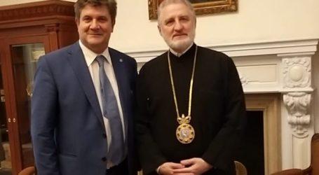 Στον Αρχιεπίσκοπο Αμερικής ο Βολιώτης Γιώργος Ξηραδάκης