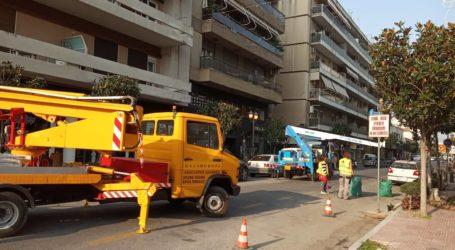 ΤΩΡΑ: Κλειστή η οδός Δημητριάδος στο ύψος της Φιλελλήνων [εικόνες]