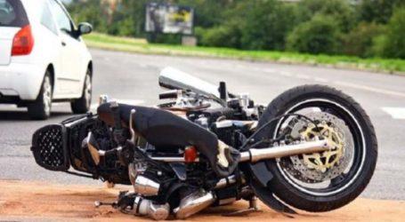 Λάρισα: Αυτοκίνητο παρέσυρε 23χρονο με μηχανάκι στην οδό Φαρσάλων