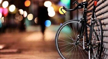 Σύλληψη νεαρών στη Λάρισα για κλοπή ποδηλάτου