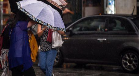 Έκτακτο δελτίο καιρού: Έρχονται ισχυρές καταιγίδες, χαλάζι και ισχυροί άνεμοι