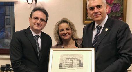 Χαρακόπουλος: «Τα ομογενειακά σχολεία στην Πόλη επιτελούν εθνική αποστολή»