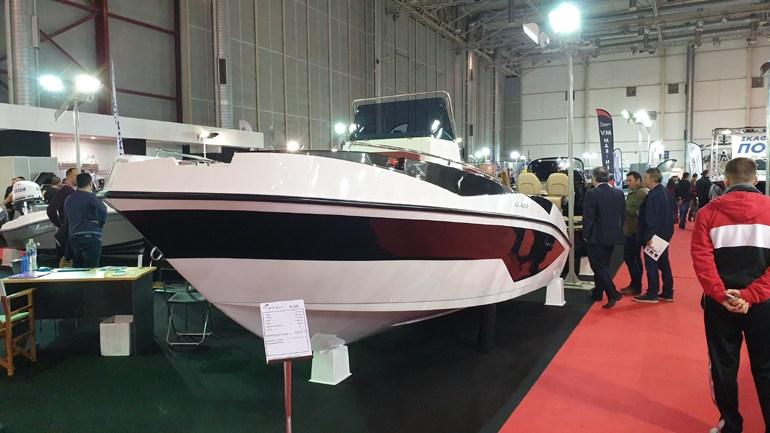Το CL 620 της Nireus έχει μήκος 6,20 μέτρα, μπορεί να φιλοξενήσει 12 άτομα, έχει βάρος 1.000 κιλά και μπορεί να φορέσει κινητήρα έως 200 ίππους. Η τιμή του αγγίζει τα 18.000+ΦΠΑ