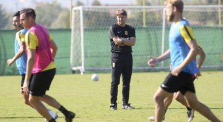 Δέκα μέρες εκτός ο Τόνσο, χάνει και Ντουάρτε με ΑΕΚ ο Άρης – Ποδόσφαιρο – Super League 1 – Άρης