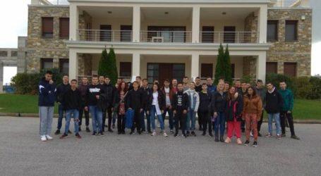 Επίσκεψη μαθητών του ΕΠΑΛ Τυρνάβου στο οινοποιείο του Δημήτρη Μίγα