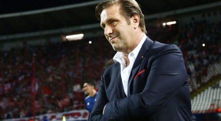Εκνευρίστηκε με δημοσιογράφο και αποχώρησε από τη συνέντευξη Τύπου ο Μαρτίνς – Ποδόσφαιρο – Super League 1 – Ολυμπιακός