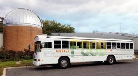 Μετέτρεψαν παλιό λεωφορείο σε χώρο εκπαίδευσης για θέματα διατροφικών συνηθειών