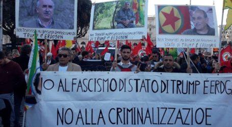 Χιλιάδες διαδηλωτές στους δρόμους υπέρ των Κούρδων της Συρίας