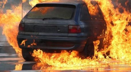 Καιγόταν ζωντανός στο όχημά του και οι περαστικοί τραβούσαν βίντεο