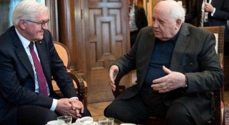 Ευγνωμοσύνη στον Γκορμπατσόφ για την επανένωση της Γερμανίας