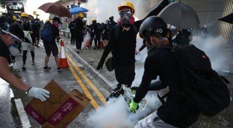 Επίθεση με μαχαίρι σε βουλευτή του Χονγκ Κονγκ που τάσσεται εναντίον των διαδηλώσεων