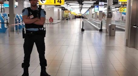 Συναγερμός για «ύποπτη κατάσταση» σε αεροπλάνο στο Άμστερνταμ
