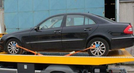 Επιχείρηση απομάκρυνσης παράνομα σταθμευμένων αυτοκινήτων στην Καλαμαριά