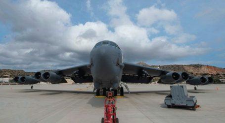 Βομβαρδιστικό B-52 προσγειώθηκε για πρώτη φορά στη Σούδα