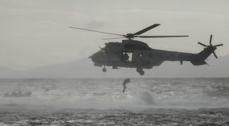 Μαχητικά αεροσκάφη και ελικόπτερα στον αττικό ουρανό