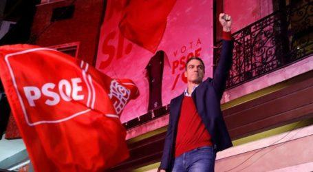 Ο Σάντσεθ καλεί όλα τα κόμματα, εκτός του Vox, να εργαστούν για να αρθεί το πολιτικό αδιέξοδο
