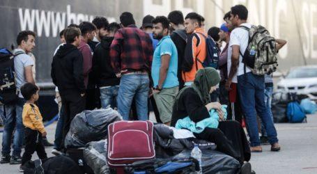 Στο λιμάνι του Πειραιά έφτασαν μετανάστες και πρόσφυγες από τη Λέσβο και τη Χίο