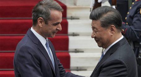 Ποιοι θα παρακαθήσουν στο επίσημο γεύμα προς τιμήν του Κινέζου Προέδρου