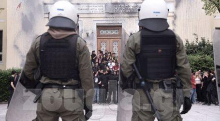 Ελεύθερος ο δεύτερος φοιτητής που συνελήφθη για τα επεισόδια στην ΑΣΟΕΕ