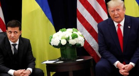 Στη δημοσιότητα δίνει ο Τραμπ την τηλεφωνική συνομιλία με τον Ζελένσκι