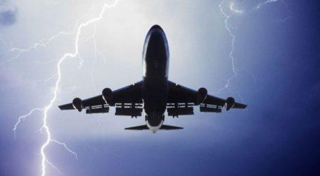Αθήνα-Ηράκλειο μέσω… Χανίων – Χτυπήθηκε από κεραυνό το αεροσκάφος