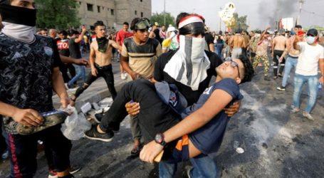 Τρεις διαδηλωτές νεκροί από δακρυγόνα και σφαίρες στη Βαγδάτη