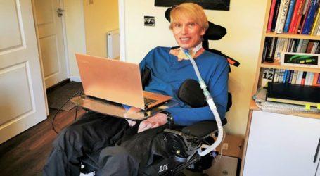 Ο Dr. Peter Scott-Morgan αποφάσισε να επεκτείνει τη ζωή του με τη χρήση της τεχνολογίας