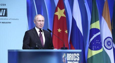 Ο Πούτιν δήλωσε έτοιμος για συνομιλίες με τις ΗΠΑ