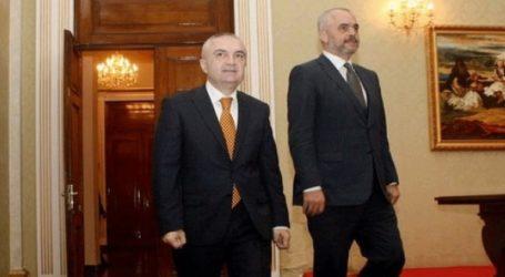 Κλιμακώνεται η πολιτική κρίση στην Αλβανία