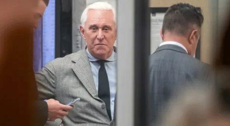 Ένοχος για επτά κατηγορίες ο πρώην σύμβουλος του Τραμπ, Ρότζερ Στόουν