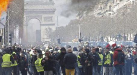 Οι αρχές απαγόρευσαν στα «Κίτρινα Γιλέκα» να διαδηλώσουν στο Σανζ Ελιζέ για την επέτειο του κινήματος