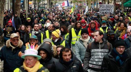 """Δακρυγόνα και 33 συλλήψειςσε διαδηλώσεις των """"κίτρινων γιλέκων"""""""
