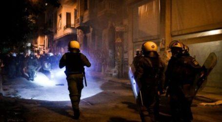 Βίντεο με βίαιες σκηνές από προσαγωγές