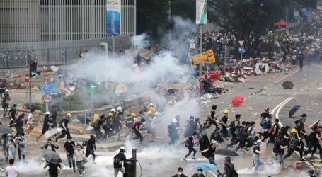 Δακρυγόνα και συλλήψεις διαδηλωτών στο Χονγκ Κονγκ
