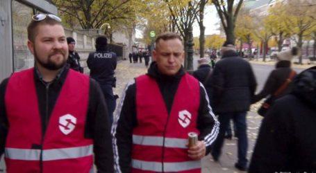 Αυτόκλητοι ακροδεξιοί σερίφηδες στο Βερολίνο