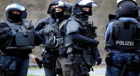 Τέσσερις συλλήψεις υπόπτων για βομβιστική επίθεση