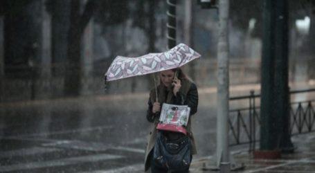 Βροχές και καταιγίδες αναμένονται την Τετάρτη