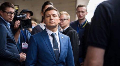 Ο Ουκρανός πρόεδρος δηλώνει «κουρασμένος» από το σκάνδαλο με τον Τραμπ
