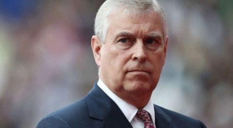Ο πρίγκιπας Άντριου παραιτείται από τα δημόσια καθήκοντά του