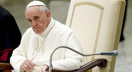 Ο πάπας ζήτησε την προστασία των παιδιών που πέφτουν θύματα σεξουαλικής εκμετάλλευσης στην Ταϊλάνδη