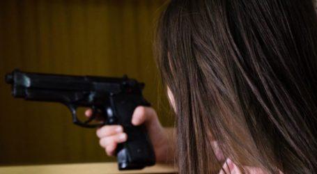 Περισσότερα παιδιά σκοτώνονται από περιστατικά μαζικών πυροβολισμών στα σπίτια τους παρά στα σχολεία