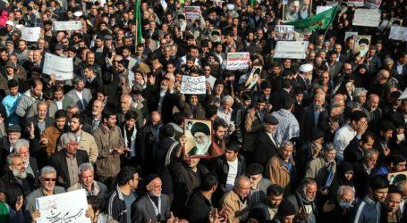 Οι Βρυξέλλες καλούν την Τεχεράνη να δείξει «τη μέγιστη αυτοσυγκράτηση» απέναντι στους διαδηλωτές