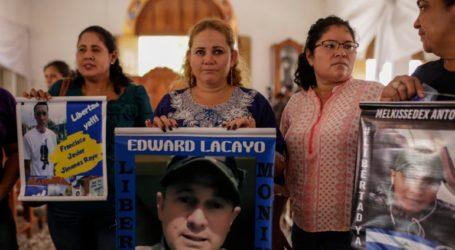 Στο νοσοκομείο οι εννέα μητέρες που πραγματοποιούσαν αντικυβερνητική απεργία πείνας σε εκκλησία